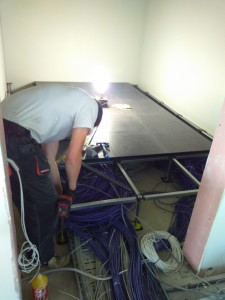 Pakeliamų grindų montavimas Serverio patalpoje 1