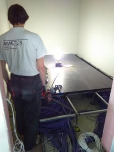 Pakeliamų grindų montavimas Serverio patalpoje 2
